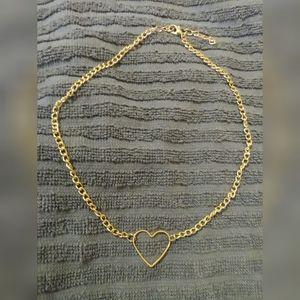 *FREE W/ BUNDLE* Cute Dainty Gold Heart Choker